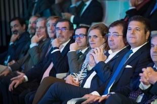 El presidente de la Junta destaca la apuesta de iniciativas empresariales que favorecen la generación de riqueza y empleo en la región