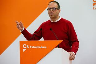 Polo (Cs) exige a Vara que ''tenga valentía'' para defender y dar soluciones a Extremadura en lugar de bailar el agua a Sánchez