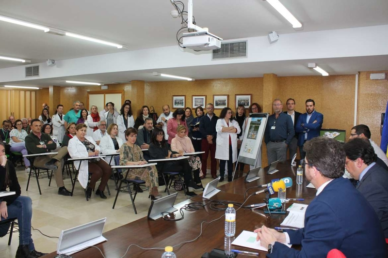 El SES normaliza y refuerza la oncología del Hospital Don Benito-Villanueva con cinco oncólogos