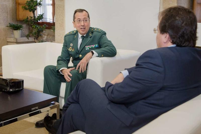 Vara recibe en Mérida a José Andrés Campón, nuevo jefe de la Comandancia de la Guardia Civil de Cáceres