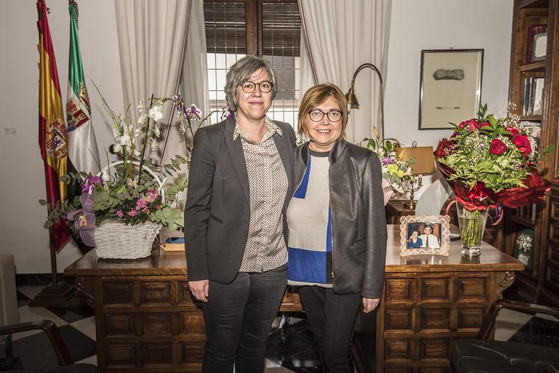La consejera de Movilidad, Transporte y Vivienda se reúne con la presidenta de la Diputación de Cáceres para abordar proyectos comunes