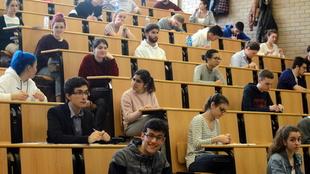 Ningún estudiante perderá el curso debido al COVID-19
