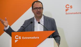 Cs Extremadura exige que ''todos'' los recursos de la Junta se destinen a sanitarios y empresas