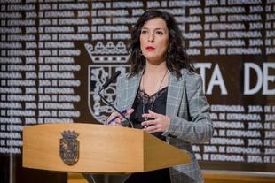 Esther Gutiérrez asegura que Extremadura no se desmarcará de una posición común de las comunidades autónomas en las oposiciones docentes