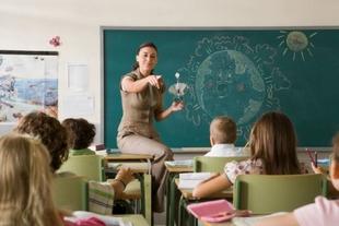 El DOE publica la adjudicación definitiva del concurso de traslados para 1.164 docentes de Primaria y Secundaria