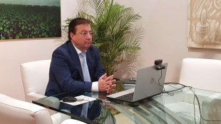Fernández Vara avanza que el Consejo de Gobierno iniciará esta semana la agenda para la reactivación económica