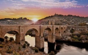 Turismo convoca tres grupos de trabajo para desarrollar las medidas del Plan de Reactivación del sector en Extremadura