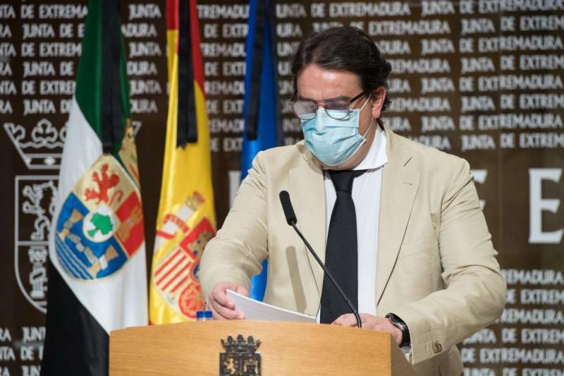 Vergeles pide a los extremeños que respeten las medidas de la Fase 2 tras detectarse 7 nuevos contagios en un día