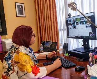 Begoña García destaca la adaptación a lectura fácil de la Ley de Cooperativas e insta a potenciar la economía social