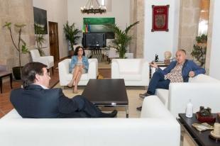 El presidente de la Junta de Extremadura se reúne con el secretario general de UGT