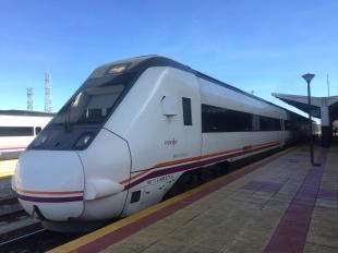 Renfe incorpora diez opciones de viaje mediante billete integrado en Extremadura