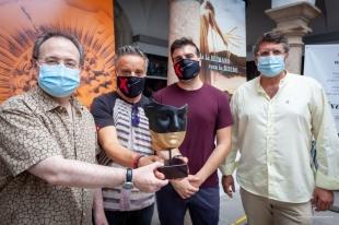 Terracota Mérida diseña una tercera máscara de la serie 'Ars Fatum' en exclusiva para el Festival