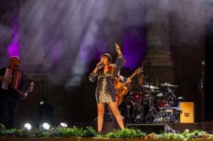 Stone&Music se convierte en testigo del estreno ante el público de ''Y Busqué'', el nuevo tema de Rozalén