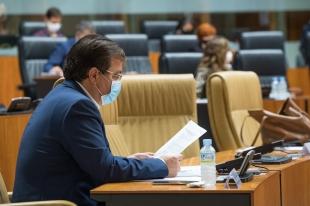 Fernández Vara afirma que 'se está trabajando en unos presupuestos útiles para salir de la crisis'