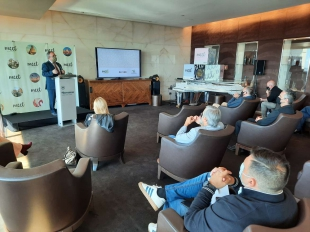 Francisco Martín defiende en Lisboa la creación de circuitos turísticos transfronterizos durante la presentación de 'Meet Extremadura'