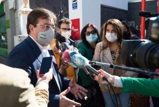 Fernández Vara defiende la complementariedad entre la sanidad pública y la privada en momentos de dificultad