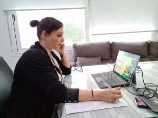 La directora del IMEX aboga por visibilizar los foros de mujeres para conseguir una igualdad real y efectiva