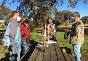 Junta y Ayuntamiento de Navalvillar de Pela presentan el plan de gestión forestal sostenible de Moheda Alta