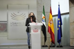 Irene de Miguel: ''El gobierno de Vara tiene que tomar medidas contundentes contra el virus porque la inacción no salva vidas''