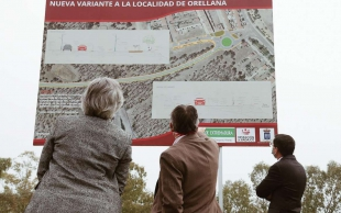 Leire Iglesias destaca que la nueva variante de Orellana facilitará el acceso a la playa y servirá para estimular el potencial turístico del municipio