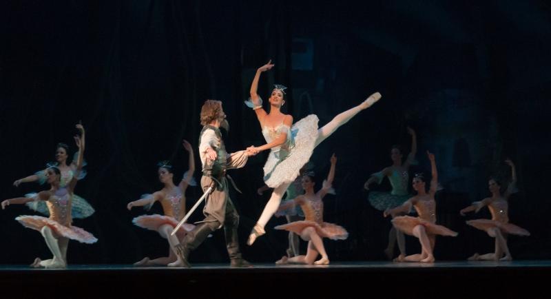 Cultura destina 200.000 euros a agrupaciones profesionales de teatro, música y danza para la realización de giras y actuaciones fuera de la región