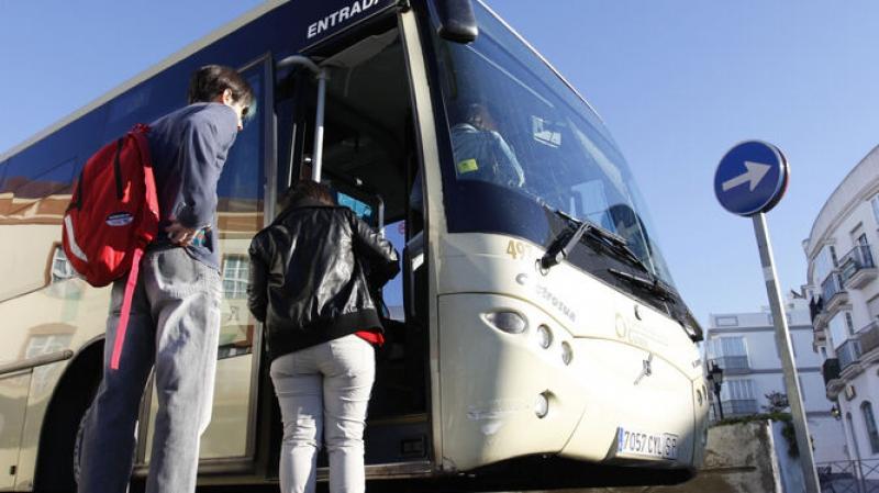 Educación destina 400.000 euros en ayudas de transporte y residencia para el alumnado de enseñanzas postobligatorias