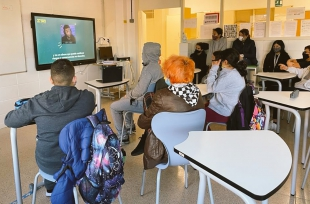 Más de 5.000 estudiantes y 76 ''profes'' de Extremadura trabajan sobre el uso y la adicción a las nuevas tecnologías