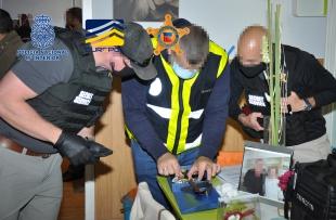 La Policía Nacional y el Servicio Secreto de los EEUU desarticulan una organización que habría defraudado más de 12.000.000 de euros