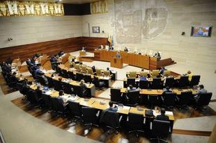 La Junta de Extremadura ha movilizado unos 160 millones de euros hacia el tejido empresarial y a autónomos