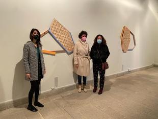 La secretaria general de Cultura asiste a la inauguración de la muestra 'Enlazar', de la artista de Ana H. del Amo