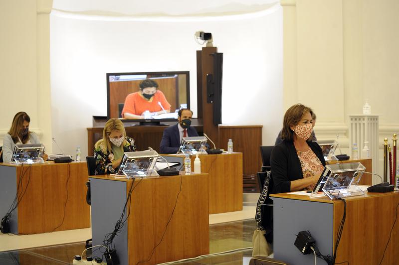 La Asamblea de Extremadura suspende la actividad parlamentaria prevista para hoy por el fallecimiento de Rodríguez Píriz
