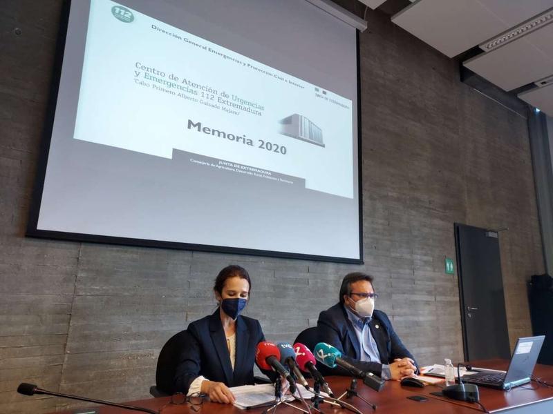 El 112 de Extremadura atendió una media de 87 llamadas a la hora y un 78 % más de incidentes en 2020