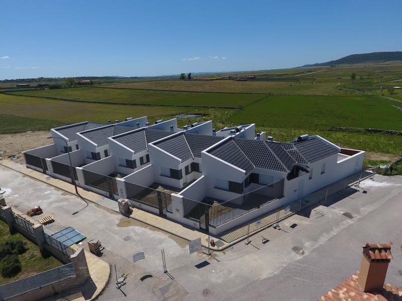 La Junta impulsa la vivienda de promoción pública con la licitación de 18 casas de este tipo en siete localidades por más de 1,3 millones