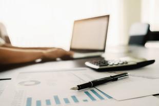 Empleo convoca las ayudas para fomentar la contratación indefinida, con novedades para incentivar el empleo cualificado