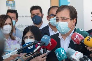 Fernández Vara asegura que los buenos datos de vacunación son fruto de la planificación y los recursos del sistema nacional de salud