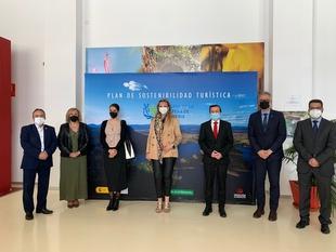 Garcia Seco: ''Me pregunto qué tiene Extremadura que envidiar a la Toscana, la marca Reserva de la Biosfera de La Siberia se tiene que oír''