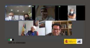 El director general de Derechos de las Personas con Discapacidad se reúne con representantes de la Junta de Extremadura