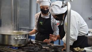 La Escuela de hostelería organiza cursos formativos de especialización e innovación en los meses de verano
