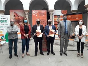El Festival de Mérida y la ONCE renuevan su compromiso por la inclusión cultural de las personas con discapacidad visual