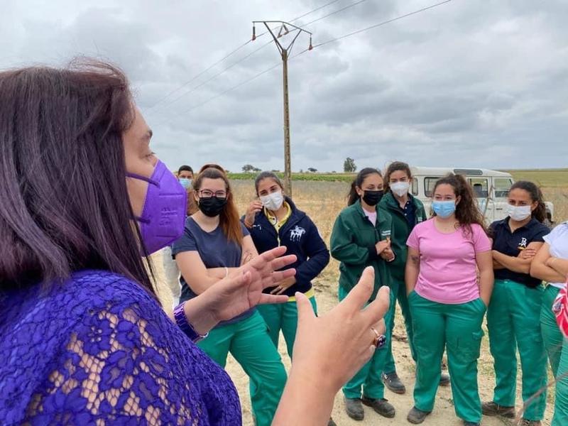 La consejería de Agricultura registra un 33% más de solicitudes de mujeres para la creación de empresas para jóvenes agricultoras