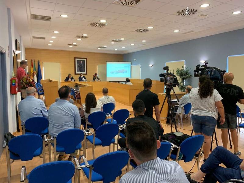 Vergeles presenta el proyecto de reforma integral del CAM Las Cruces y la Residencia Alonso de Mendoza en Don Benito