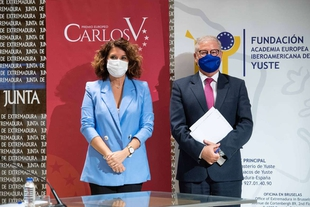 Angela Merkel, galardonada con el XIV Premio Carlos V
