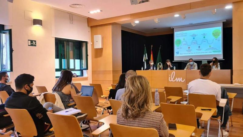 La Junta de Extremadura conecta el Plan de Empleo Joven con la movilidad y el retorno del talento