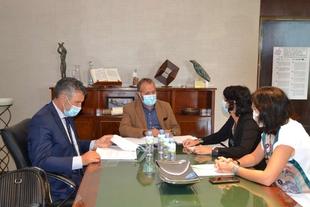 Rafael España se reúne con representantes de la Asociación de Trabajadores Autónomos (ATA)