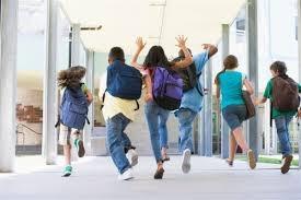 Seis de cada diez extreme�os con hijos reconoce que les preocupa no poder hacer frente a la vuelta al colegio este a�o