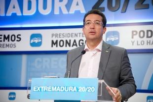 Manzano asegura que Vara ''ten�a la enmienda a la totalidad de los PGEx 2015 premeditada''