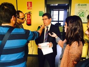 Lozano (SEXPE): ''en a�o y medio el Gobierno regional ha conseguido bajar la cifra de desempleo en 44.000 trabajadores''