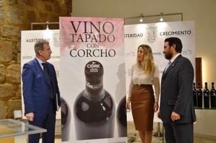 Ribera del Guadiana ser� la primera DO a nivel mundial que invitar� a sus bodegueros a usar tapones de corcho