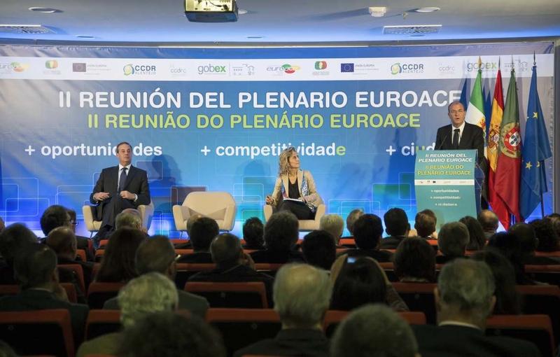 Monago anuncia que Portugal formar� parte de la estrategia log�stica extreme�a