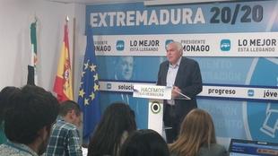 """Pedro Acedo se declara """"el �nico responsable"""" de la """"debacle"""" del PP en M�rida"""